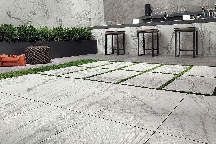 Statuario Marble Tiles On Outdoor Patio